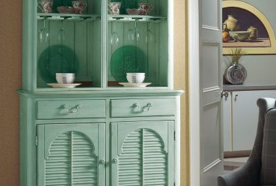 FFDM teal china & wine cabinet