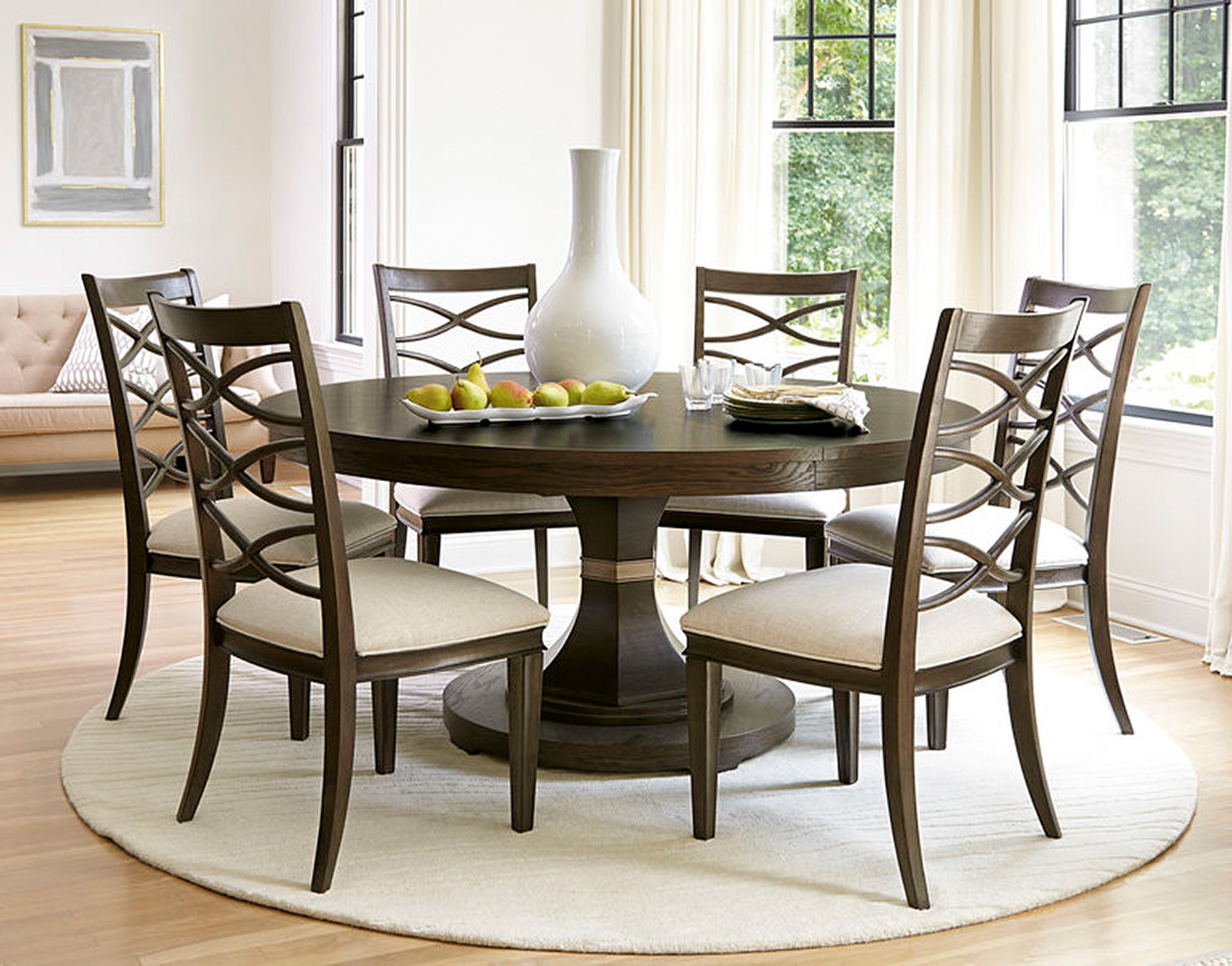 Universal Calif Hills Round Dining Table