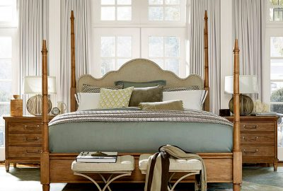 Universal Modern Muse Maison Poster King Bed