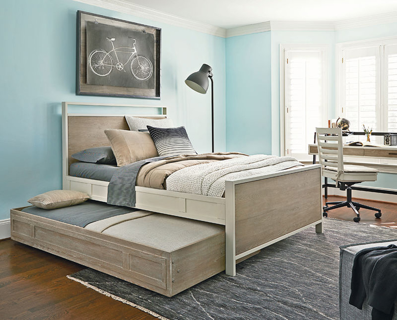 Universal Smart Stuff My Room Trundle Bed