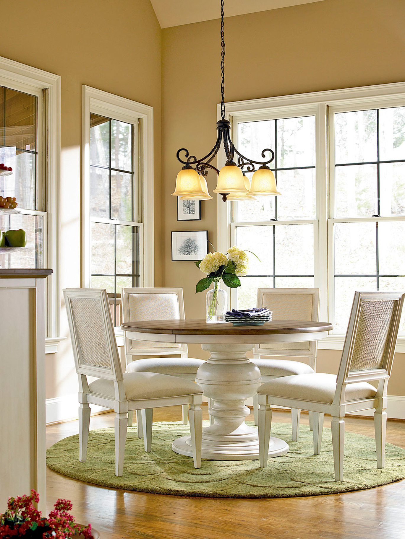 Universal-Summer-Hill-Cotton-dinette-set-1.jpg