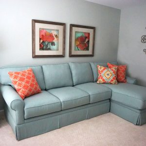 sectional and side table with lamp