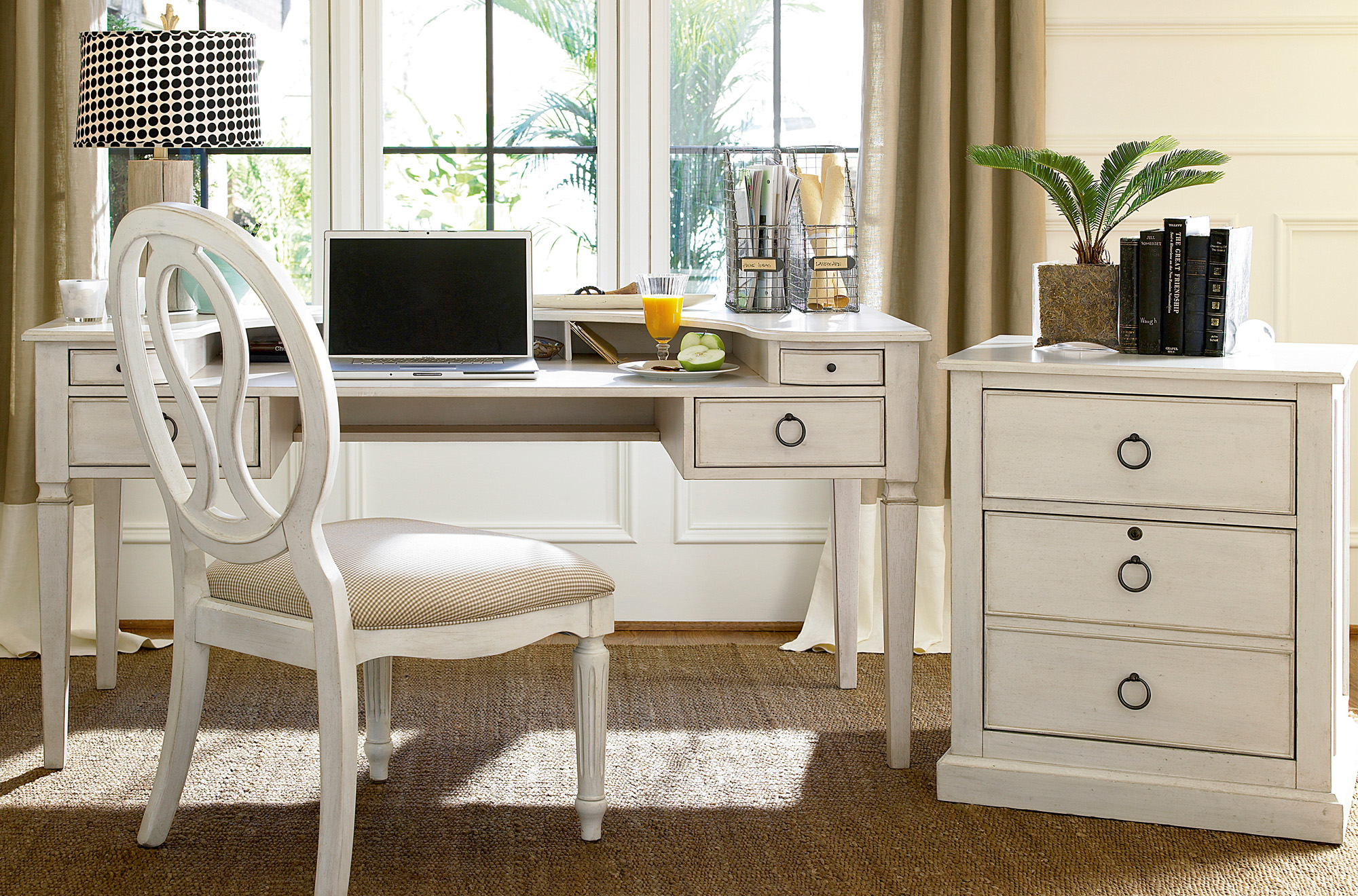 Summer Hill Desk Set