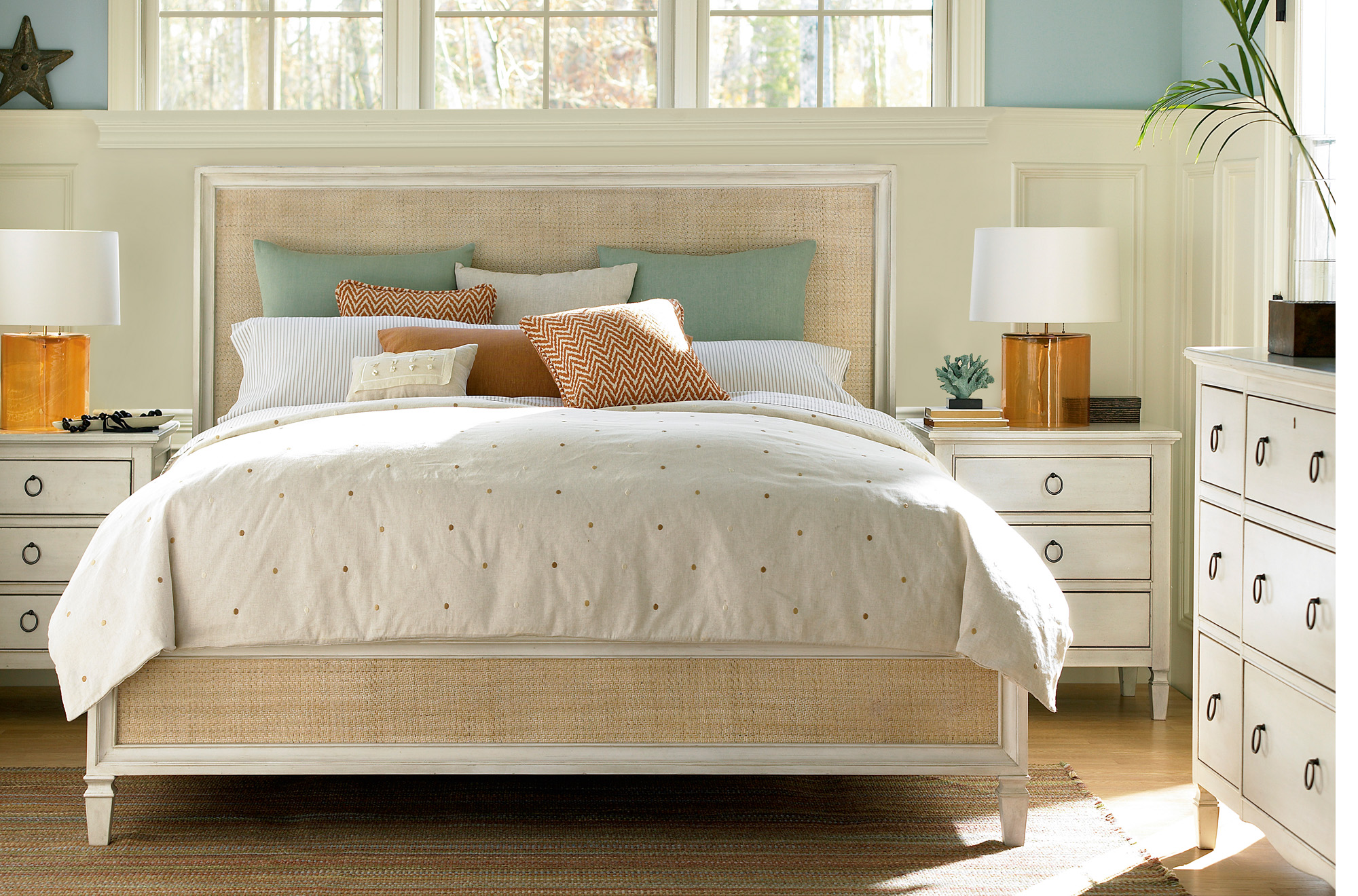 Summer Hill woven king bed