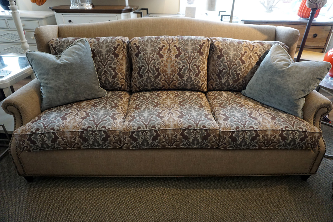 concepts-barrington-sofa