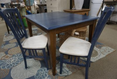 Canadel Table with 2 Chairs