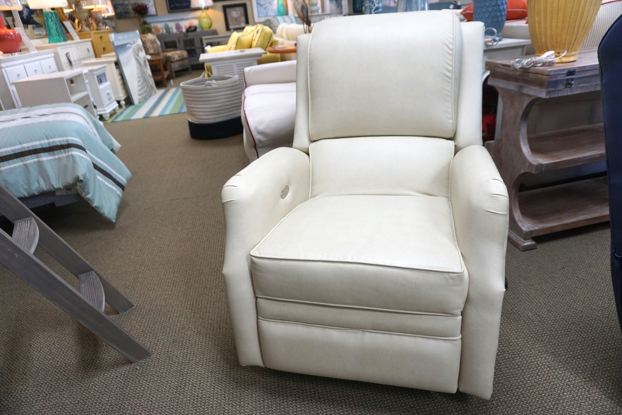 Comfort Design Maco Power Swwivel Glider Recliner 2