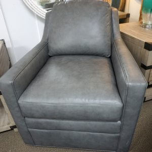 Bradington Young Cassie Sewivel Tub Chair 3