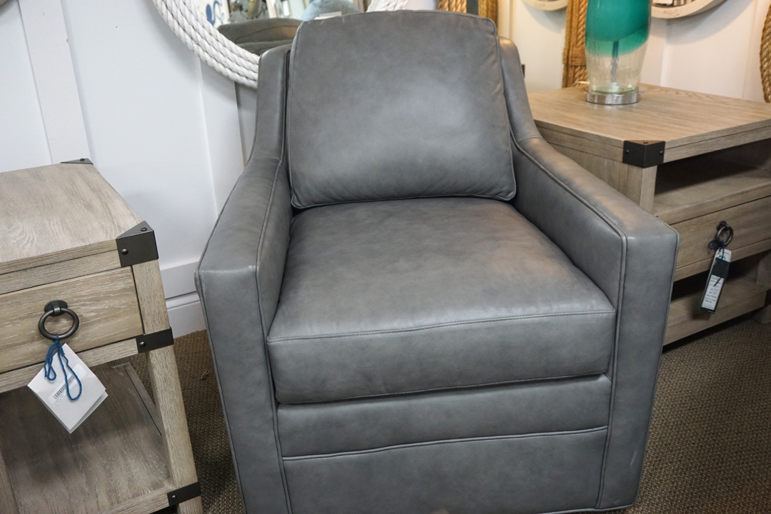 Bradington Young Cassie Sewivel Tub Chair